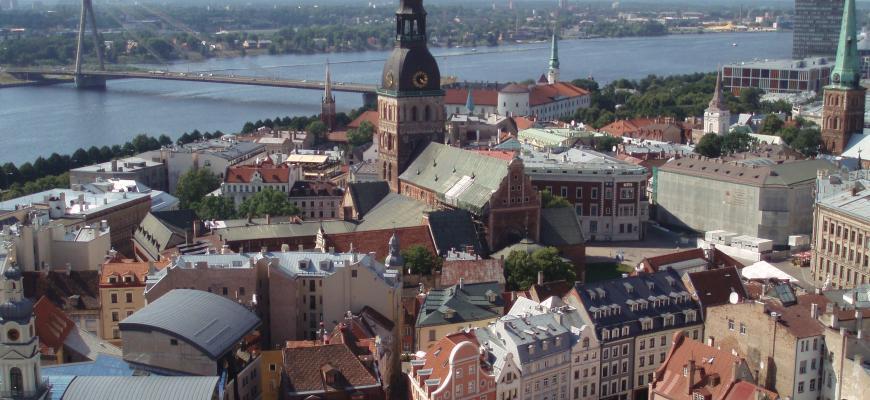 Swedbank: жители Латвии предпочитают частные дома и новостройки