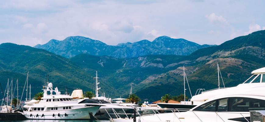 Черногория упростила пребывание в стране для россиян