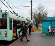На остановках планируют устраивать более прочное покрытие для общественного транспорта