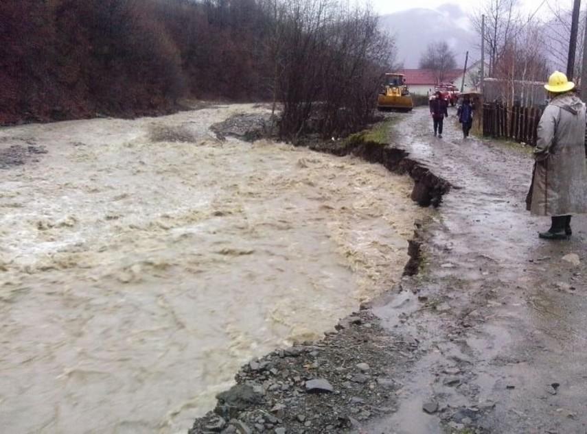На Закарпатье остаются подтопленными 37 жилых домов