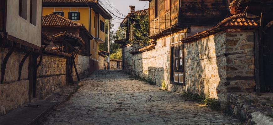 Более 81 000 россиян владеют недвижимостью в Болгарии