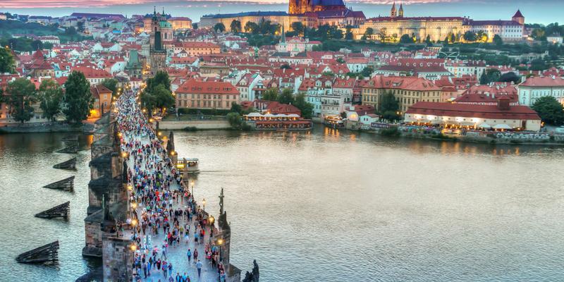 Чехия хочет запретить подозрительные инвестиции от иностранцев