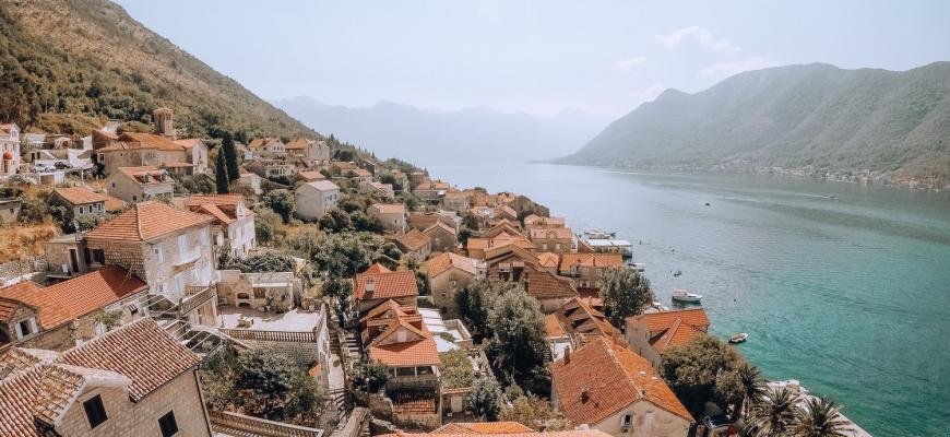 В Черногории для иностранцев упростили выдачу разрешений на работу