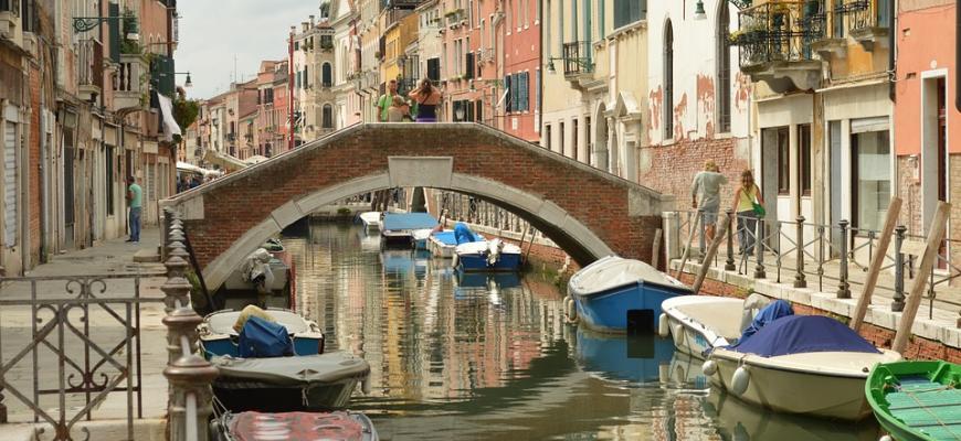 Туристов будут выгонять из Венеции за плохое поведение