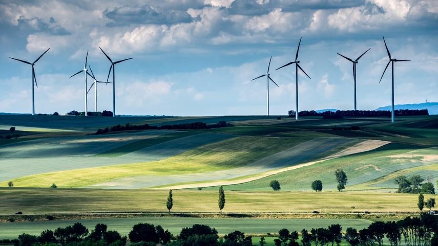 Треть электроэнергии в мире человечество получает из возобновляемых источников